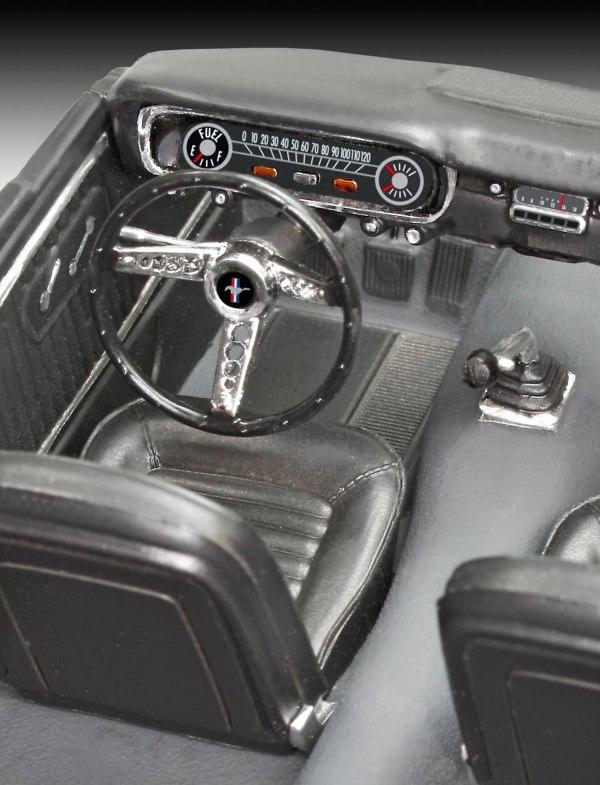 Revell® 07065 - '65 Ford Mustang 2+2 Fastback Maßstab: 1:25